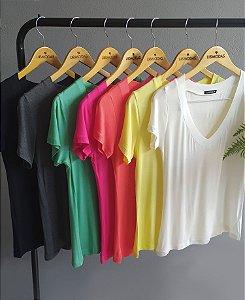 Blusa podrinha decote V colors