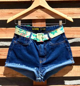 Short Jeans Escuro Desfiado