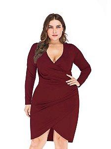 Vestido transpassado plus size malha com forro