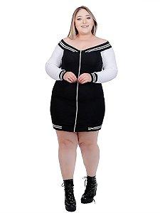Vestido plus size com zíper frontal e listras