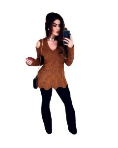 Blusa manga longa em tricot moda Outono/inverno.