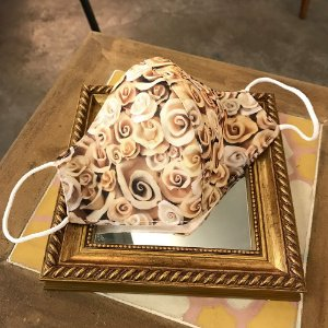 Máscara de Tecido Rosas de Cerâmica II