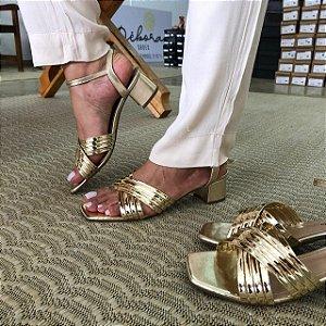 Sandália Tiras Cruzada Dourada