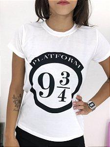 T-SHIRTS FEMININA POLIÉSTER OFF PLATAFORMA 9 3/4