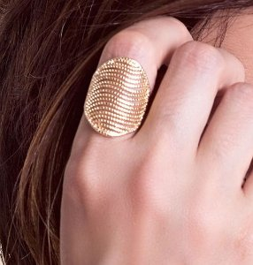 Anel ondas bolinhas folheado a ouro 18K hipoalergênico