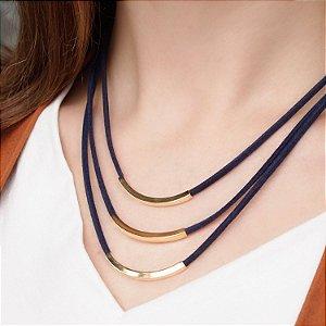 Colar detalhes geométricos couro camurça azul marinho folheado a ouro 18K hipoalergênico