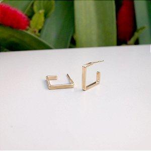 Brinco argola quadrada folheado a ouro 18K hipoalergênico