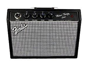 Mini Amplificador Fender Twin 65 2 falantes Saída fone drive