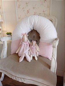 Almofada de Amamentação Menina Bebê Renda