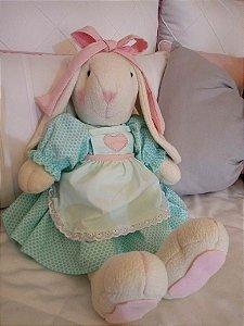 Coelha Sentada