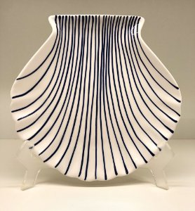 Travessinha em cerâmica formato concha do mar