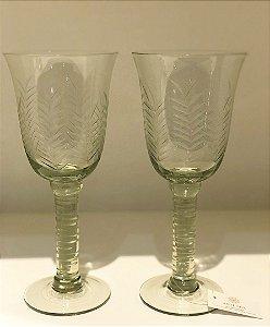 Conjunto Taças de vidro lapidadas a mão folhas verdes