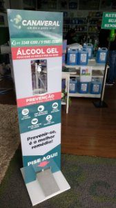 Totem display para álcool em gel com pedal