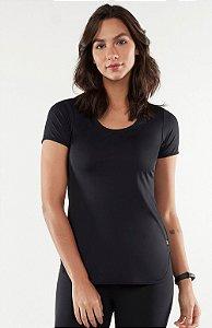 T-Shirt Alto Giro Skin Fit Alongada Preto  101702