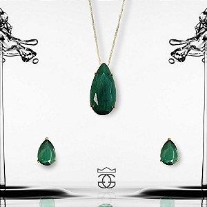 Conjunto colar e brincos com pingente cravejados em zircônias verdes em forma de gota banhado em ouro 18k + esmalte