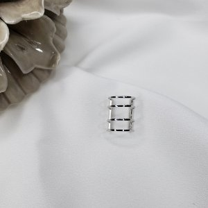Piercing de pressão banhado em rodio branco