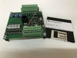 Regulador - controlador de velocidade SG2D-T-LOVS PN 8443-1004 (Novo) marca Woodward