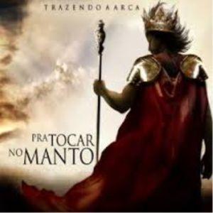 CD TRAZENDO A ARCA PRA TOCAR NO MANTO