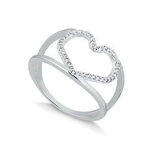 Anel em prata coração com cravação de micro zircônias