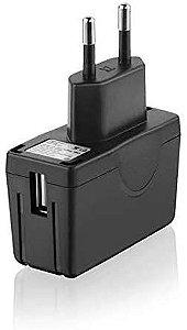 Adaptado Carregador Universal USB/AC Bivolt Cb061