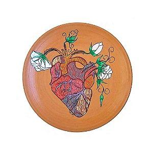Prato decorativo com coração em cerâmica