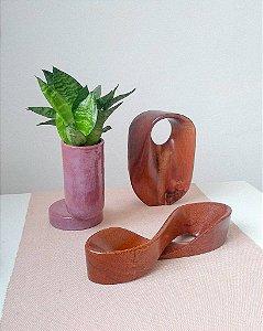 Escultura infinito em madeira