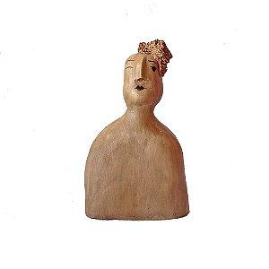 Escultura Lenys com topete charmosa em cerâmica