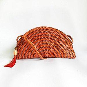 Bolsa laranja em palha de piaçava pequena