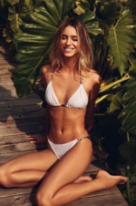 Bikini Saravá Nude