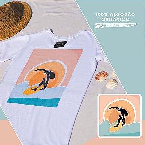 Camiseta Algodão Orgânico Sunset Surfing