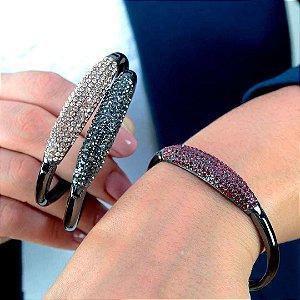 Bracelete feminino cravejado em cristal