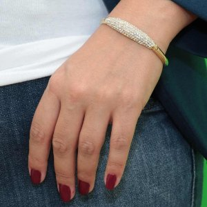 Bracelete feminino cravejado em cristal banhado em ouro
