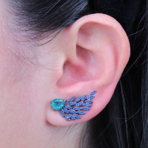 Ear cuff asa cravejada em zircônia semijoia luxuosa