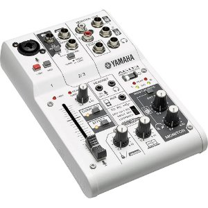 Mesa de Som Analógica AG03 Yamaha