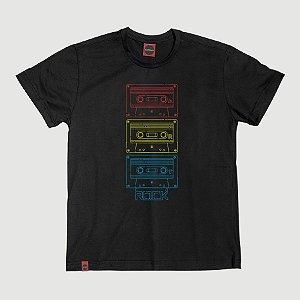 Camiseta Juvenil Fita k7 Color Tape Preta.
