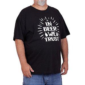Camiseta Plus Size Cerveja We Trust Preta.
