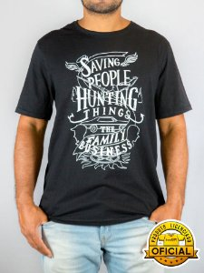 Camiseta Supernatural Saving People Preta