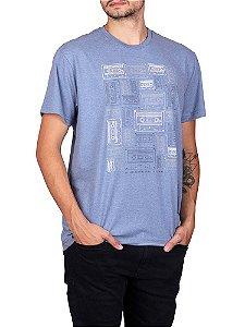 Camiseta Fita Cassete Azul Jeans.