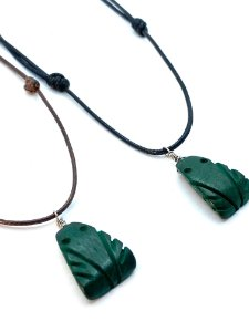 Colar Amuleto Muiraquitã - Madeira Molongó