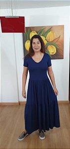Vestido três Marias em malha viscolycra, com decote V. Na cor azul marinho. Tamanho único veste 42/44