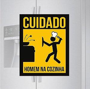Imã de geladeira - Homem na cozinha