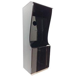 Proteção dupla - Interfone e leitor biométrico