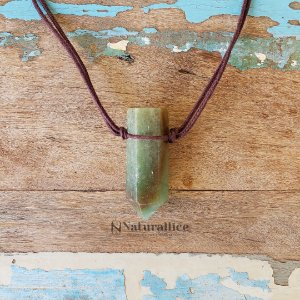 Colar aromático/ Difusor pessoal Quartzo Verde em Ponta – Naturallice
