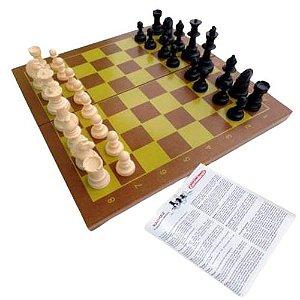 Jogo Xadrez 32 peças em Madeira Carimbras