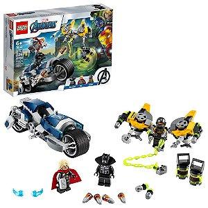 LEGO Marvel Vingadores Ataque dos Vingadores em Speeder Bike