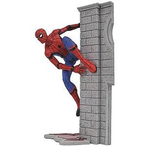 Estátua Homem-Aranha - De Volta ao Lar