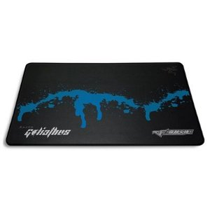 Mouse Pad Gamer Razer Goliathus Crossfire Global Risk - RZ02-00213500-R3C1