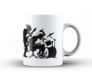 Caneca Evolução Músicos Guitarrista e Baterista