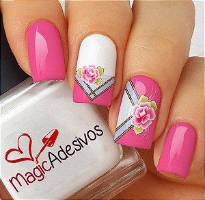 Adesivos de Unha Combinado Rosa com Listras e Flores - FL166