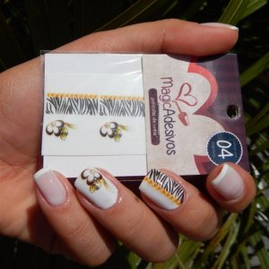 Adesivos de Unha Linha Glamour Flores com Zebrinha - GR11